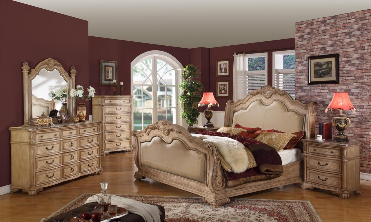 royale sleigh bed traditional bedroom set antique whitewash finish