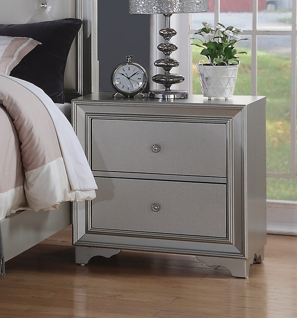 Silver Chic Contemporary 2-Drawer Silver Nightstand With Framed Design