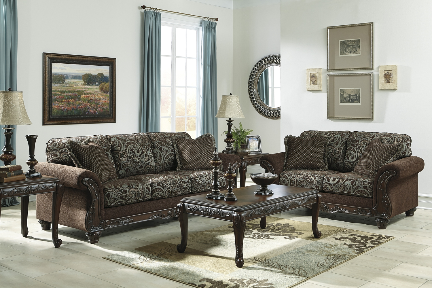 Traditional Style Brown Sofa & Love Seat Living Room
