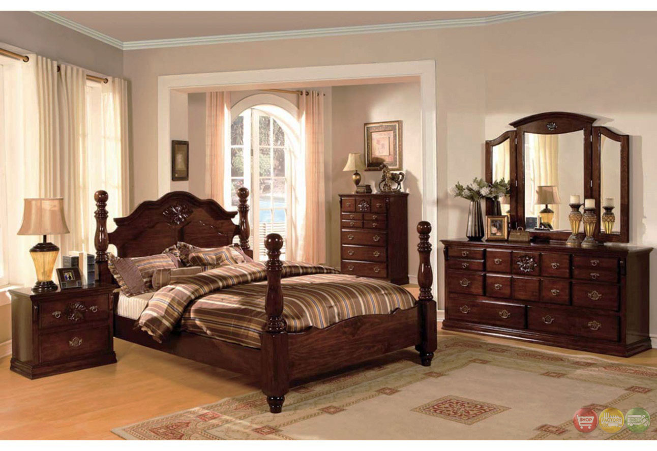 Classic Traditional Poster Bed Dark Pine Bedroom Furniture Set CM7571