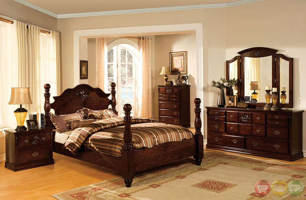 Tuscan Ii Traditional Glossy Dark Pine Poster Bedroom Set