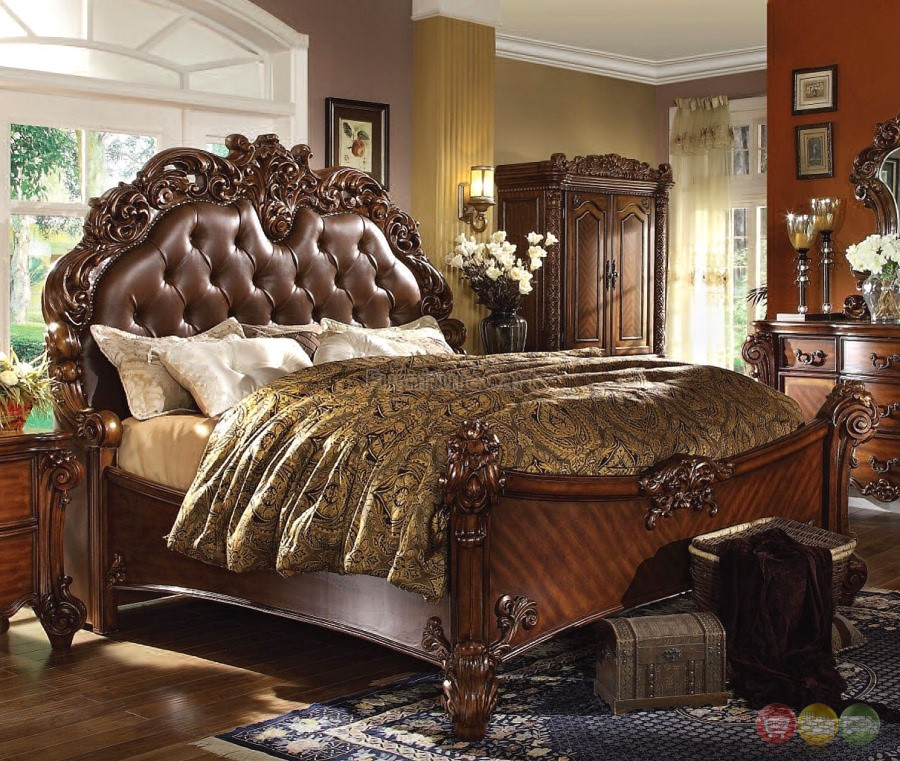 Vendome 4pc Upholstered Brown Victorian California King