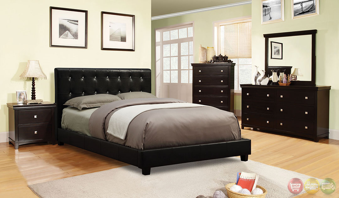 Vengo European Black Platform Bedroom Set With Padded Leatherette