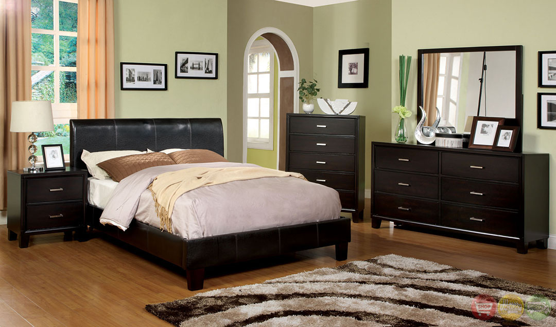 Villa Park Contemporary Espresso Platform Bedroom Set With Padded Leatherette