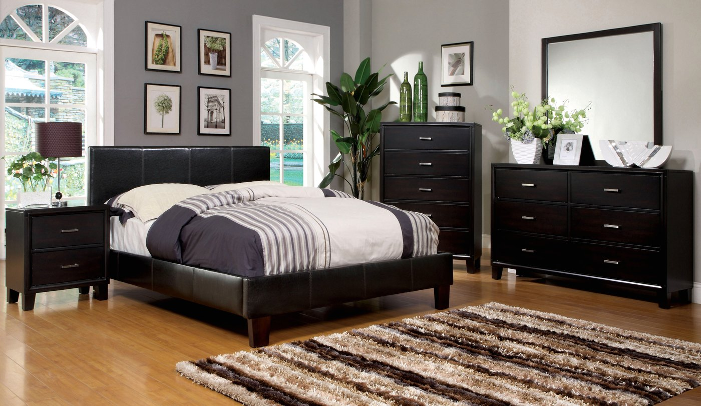 Winn Park Contemporary Espresso Platform Bedroom Set with Padded Leatherette