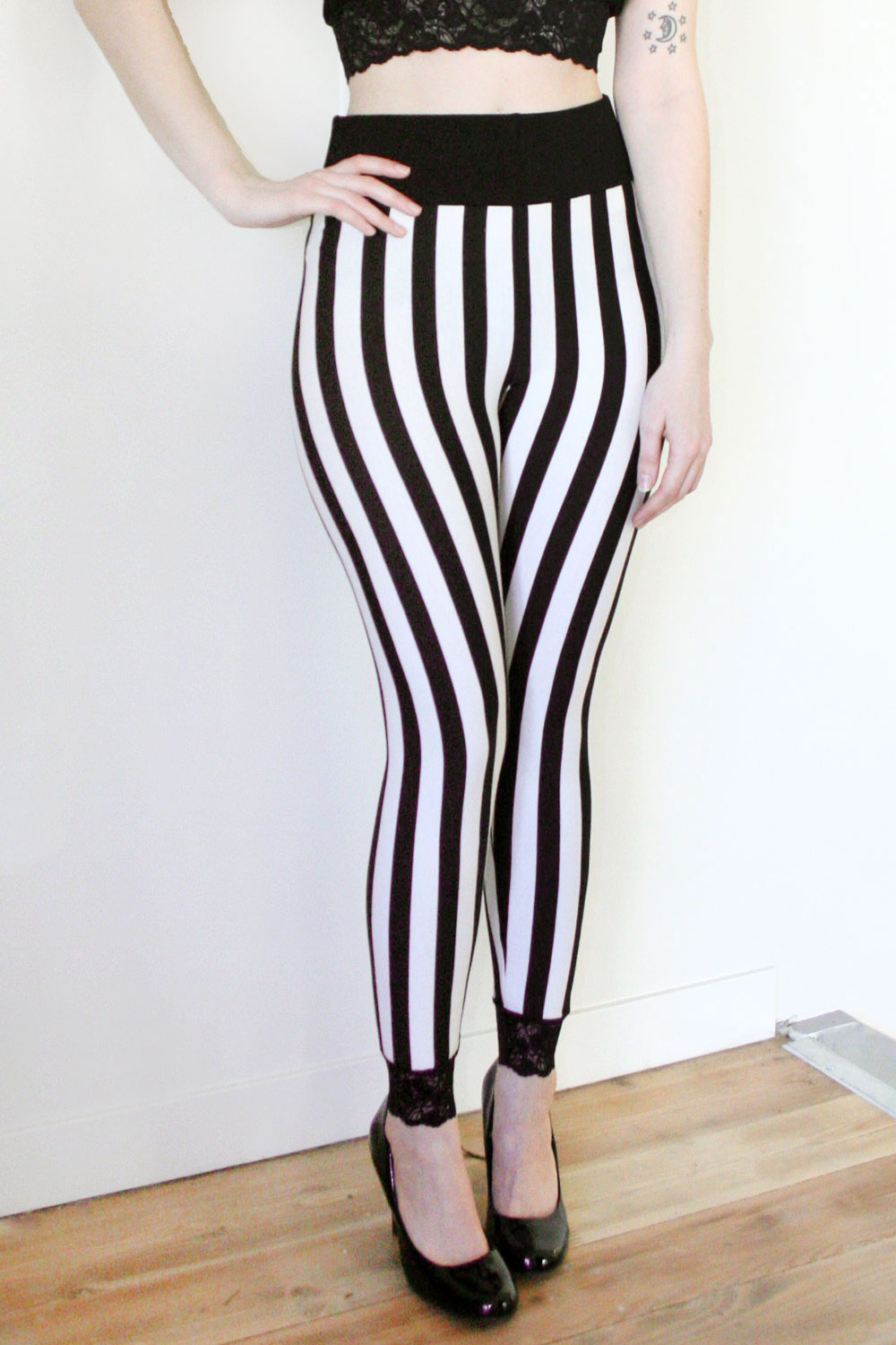 Vertical Black And White Striped Leggings