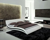 Contemporary Bed in White Eco-Leather 44B183BD