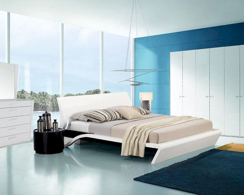 Contemporary Style Glossy Bedroom Set W/ Platform Bed