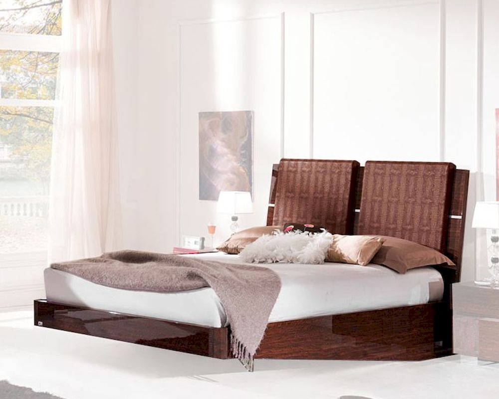 Modern Sleigh Bed aprice uropean Design Made in Italy 33B512 - ^