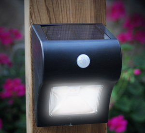 Solar Motion Sensor Deck and Wall Light