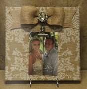 10 x 10 Printed Burlap Frame with attached Burlap Bow