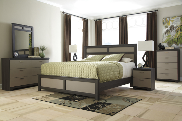 Ashley B142 31 36 57 Wellatown 3 piece Bedroom Set