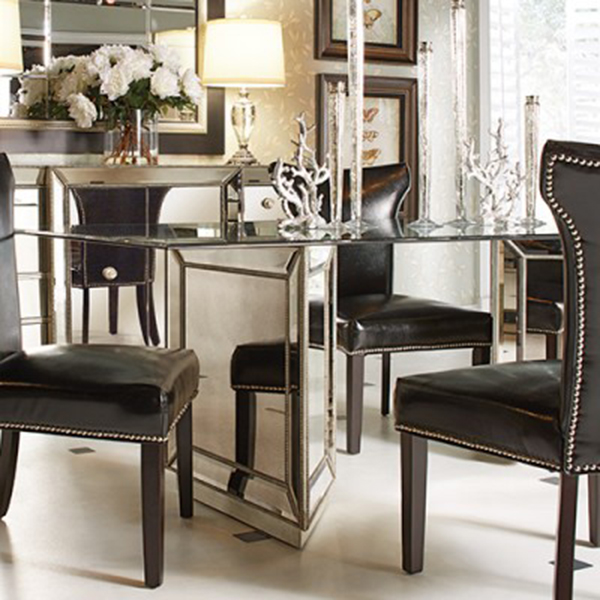 Classic Mirrored Dining Room Table .