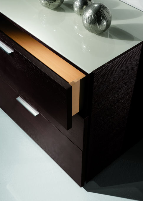 Doimo Harris Wenge Extensions Queen Bed With Night Stand