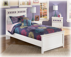 Zayley Replicated White Paint Twin Panel Bed