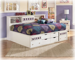 Zayley White Full Bedside Storage Bed