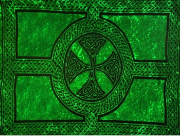 "Celtic Mens Sarong ""Celtic Cross and Circle"" Green"
