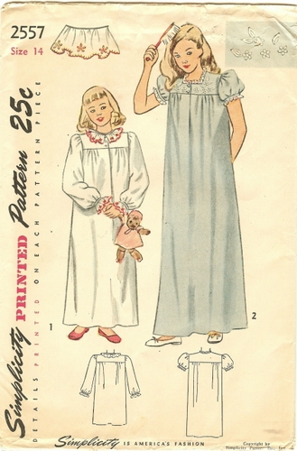 Simplicity 2557 Nightgown, Bust 32""