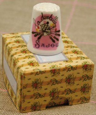 "Sajou ""Lace""  Bone China Thimble"