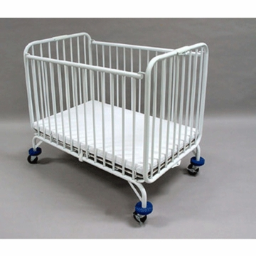 La Baby Metal Portable Crib in White