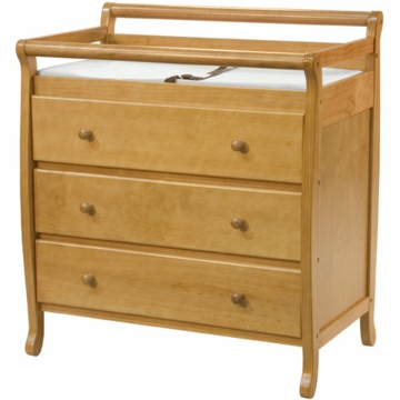 DaVinci Emily Three Drawer Changing Table Honey Oak