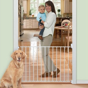 Summer Infant Sure & Secure Secure Entry Metal Gate
