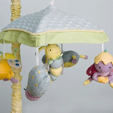 KidsLine Snug As A Bug Musical Mobile
