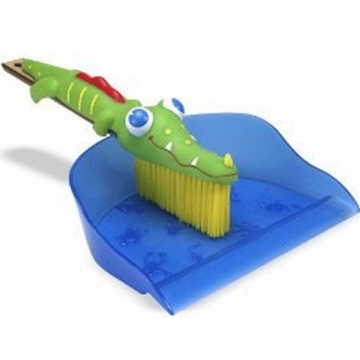 Melissa & Doug Sunny Patch Augie Alligator Dustpan and Brush