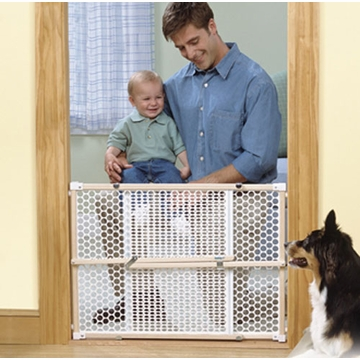 Safety 1st 24�� Wood Security Gate - D