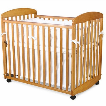 DaVinci Alpha MINI Rocking Crib Oak