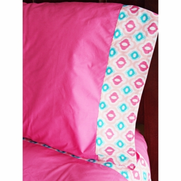 Caden Lane Big Kid Twin Ikat Sheet Set in Ikat Pink