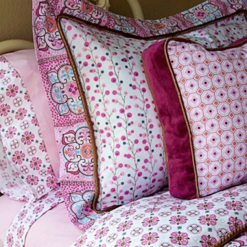Caden Lane Big Kid Twin Duvet Cover in Modern Vintage Pink