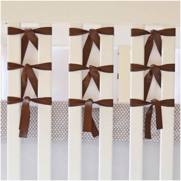 Oliver B 3 Piece Crib Bedding Set in White & Espresso