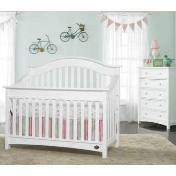 Bonavita Easton Lifestyle 2 Piece Nursery Set in Classic White - Lifestyle Crib & 5 Drawer Dresser