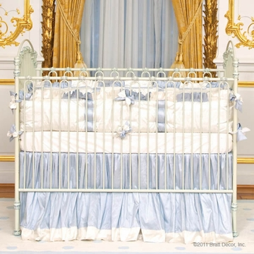 Bratt D�cor Heirloom Iron Collection Venetian 3 In 1 Crib - Antique White