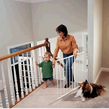 Kidco Safeway Wall Mounted Gate - White