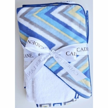 Caden Lane Hooded Towel Set in Blue Chevron