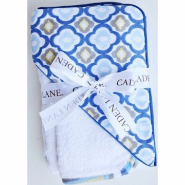 Caden Lane Hooded Towel Set in Blue Mod