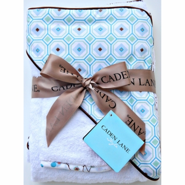Caden Lane Hooded Towel Set in Blue Octagon