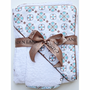 Caden Lane Hooded Towel Set in Blue Small Morrocan