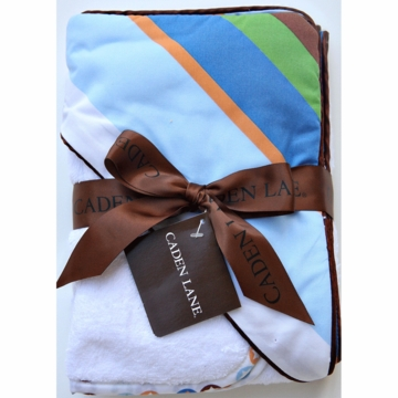 Caden Lane Hooded Towel Set in Diagonal Stripe