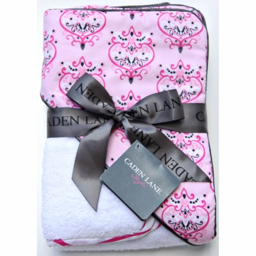 Caden Lane Hooded Towel Set in Pink Damask