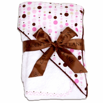 Caden Lane Hooded Towel Set in Pink Dot Line
