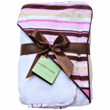 Caden Lane Hooded Towel Set in Pink Stripe