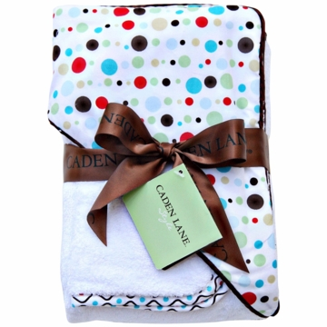 Caden Lane Hooded Towel Set in Red Dot Line