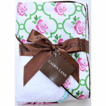 Caden Lane Hooded Towel Set in Rose Lattice
