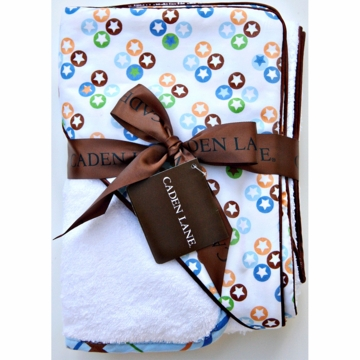 Caden Lane Hooded Towel Set in Star Dot