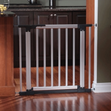 KidCo Metro Gateway in Aluminum Gate
