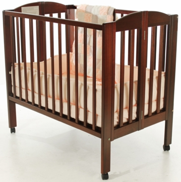 Dream On Me 2-in-1 Portable Crib - Cherry