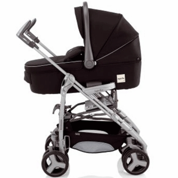 Inglesina 2011 Zippy Bassinet in Black